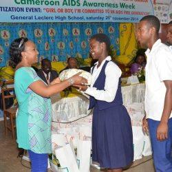 Fille ou garçon, je m'engage pour une génération sans sida
