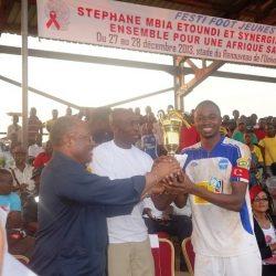 Stéphane MBIA et SYNERGIES AFRICAINES, ensemble pour une Afrique sans Sida